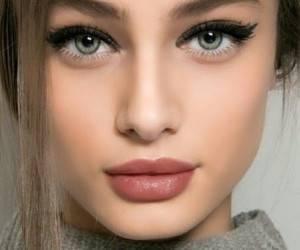 زیبا بودن بدون آرایش